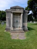 Oakwood Cemetery Keller-Morse Family Crypt front