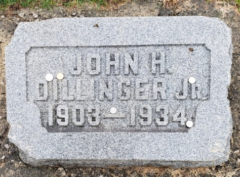 Dillinger, John JR heastone - Crown Hill Cemetery, Indianapolis IN